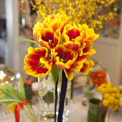 Confirm Party1 - dining tulips