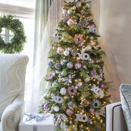 Holiday_Tree_Version2_LR