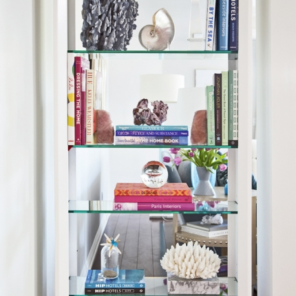 BookshelfLoRes_Brighter
