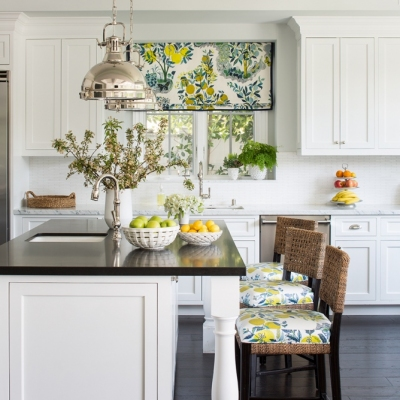 EmilyRuddo_Wellseley_MeghanBobPhoto_KitchenStraight_V2_WEB